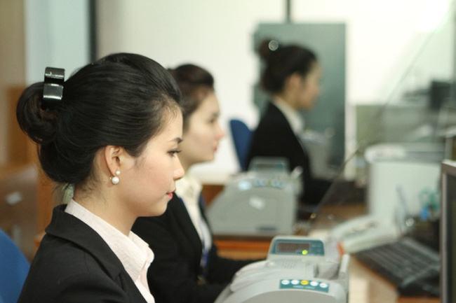 Đề thi kế toán ngân hàng thương mại UEL