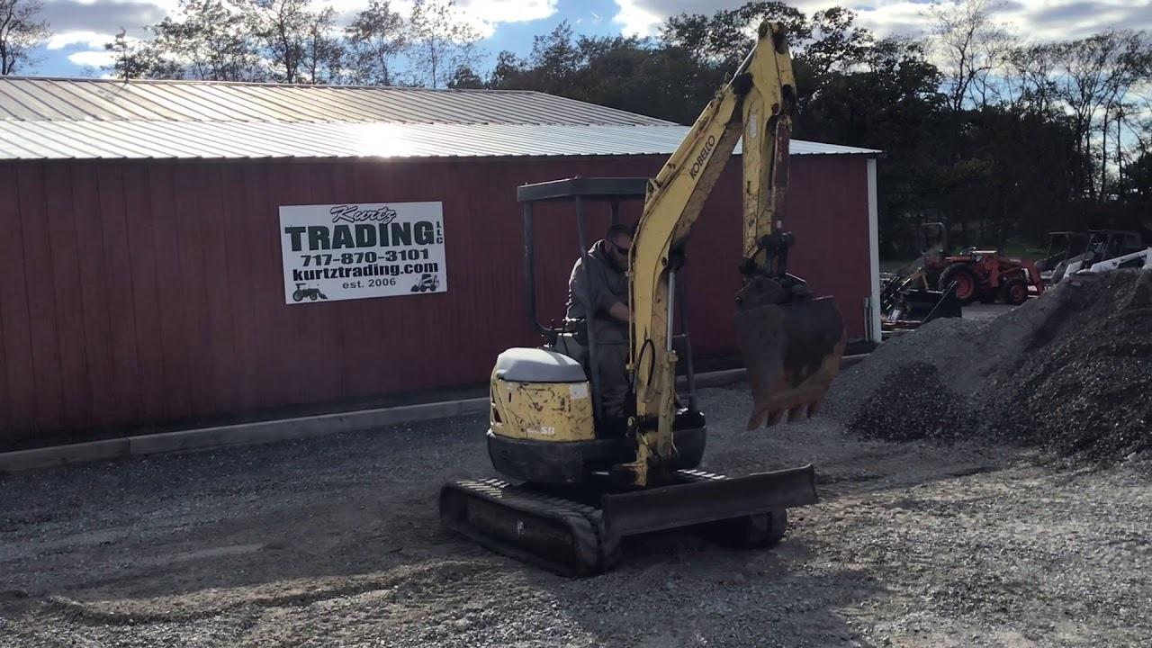 KOBELCO SK27SR Excavator5,870 lb.30.2 hp .