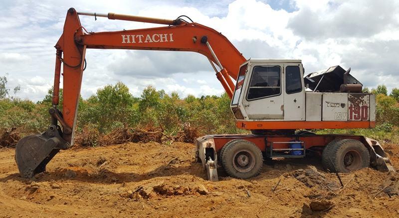 Các đời máy xúc Hitachi- Mitsubishi