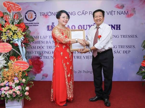 Trung tâm đào tạo nghề tóc và spa - Nhung Tresses- tuyển sinh 2019
