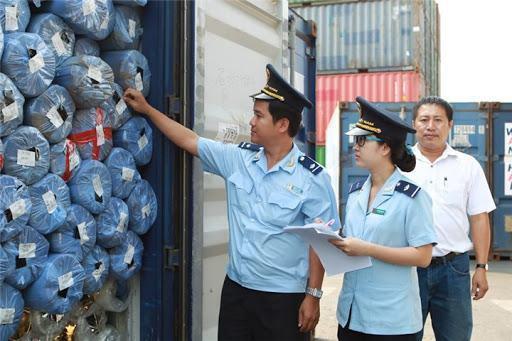 Thi tuyển công chức hải quan 2021