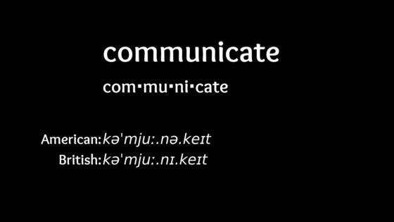 Communicate đi với giới từ gì
