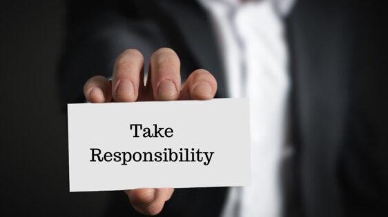 Take responsibility đi với giới từ nào?